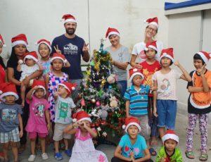 ถึงผู้มีอุปการะคุณ เพื่อนๆ อาสาสมัคร ทุกท่านเราขออวยพรทุกท่านในช่วงเทศการแห่งสุขนี้ สุขสันต์วันคริสมาสต์ ขอให้ทุกท่านมีความสุขในปีตลอดปี 2019